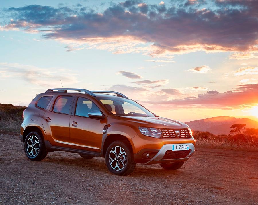 Dacia-Duster-2018-sonnenuntergang